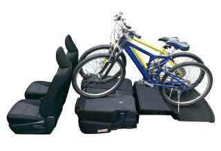 マウンテンバイクが2台積める広いスペース