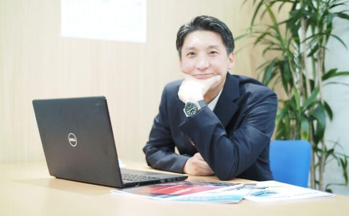 お客様オンライン担当者/泉水 貴光